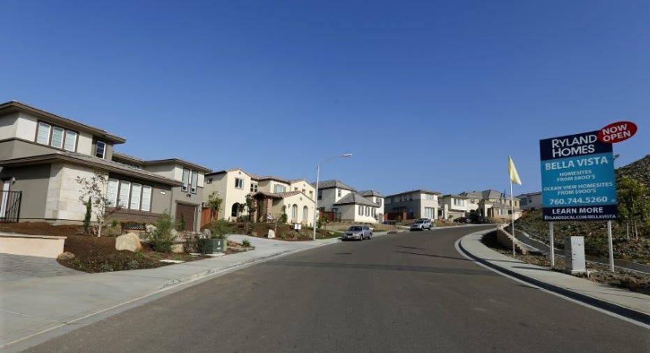 Houses in Neighborhood RTR FBN