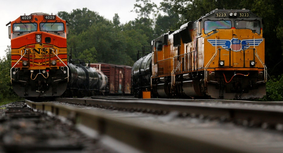 Trains on Tracks in Texas RTR FBN