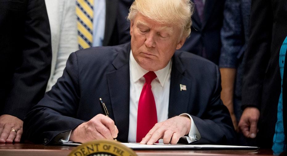 Trump Signs Exec Order FBN