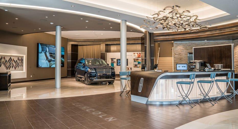 Lincoln experience center in Dallas FBN