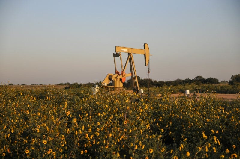 US shale producer Devon in talks to acquire peer WPX - sources - Fox Business thumbnail