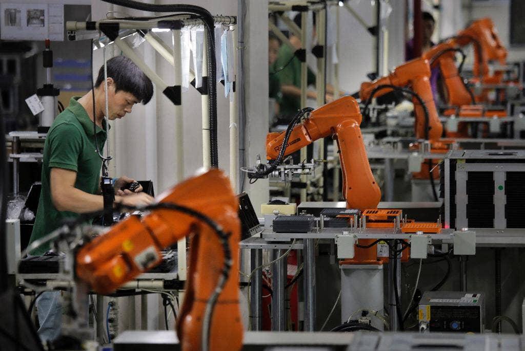 615afb24de8ff410vgnvcm100000d7c1a8c0____-china-robots-rising-3-1