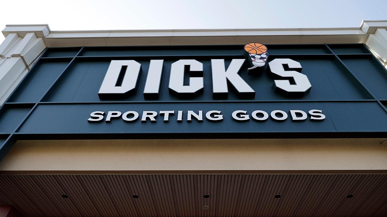Dicks Shareholder Grills Ceo Over Gun Rules Fox Business