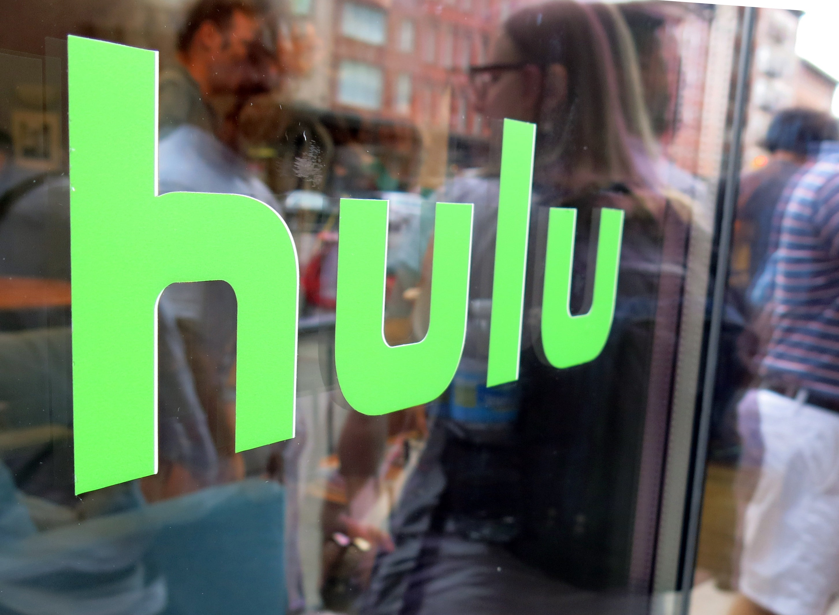 Hulu Lowers Prices In Challenge To Netflix Fox Business