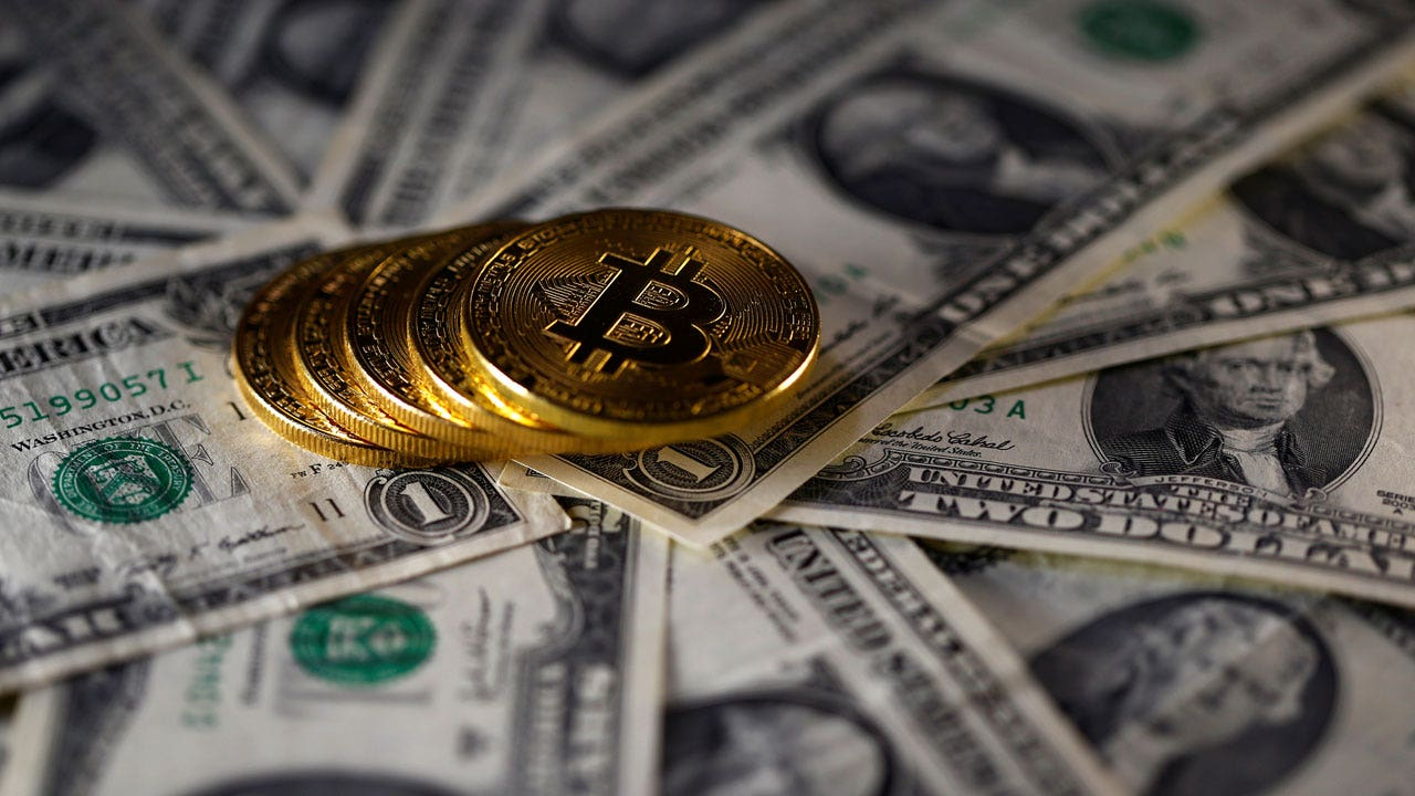 US government auctioning 4,000 bitcoins worth $39M recovered from criminal cases