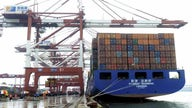 US trade deficit hits record