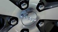700,000 Jeep, Dodge SUVs recalled over engine problems