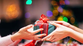 Millions won't give holiday gifts to avoid overspending, survey finds