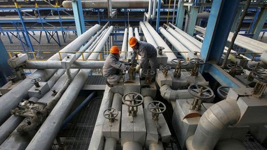 Oil settles lower as US inventories disappoint market