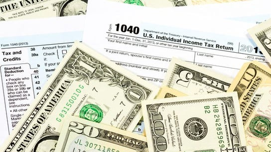 Tax refund amounts down, as IRS touts successful season kickoff