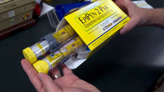 Hundreds May Join Mylan Class-Action Suit for EpiPen Price Gouging