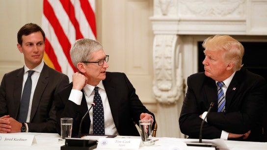 President Trump meets for dinner with Apple CEO Cook