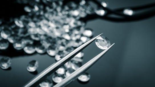 De Beers to start marketing lab-grown diamonds