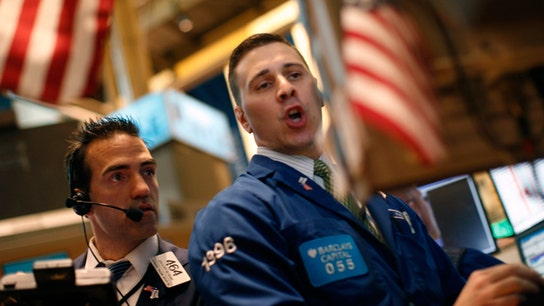 Dow tumbles more than 800 points as Treasury yields tick higher