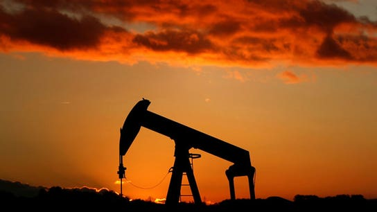 Oil hits highest since mid-2015, then dips
