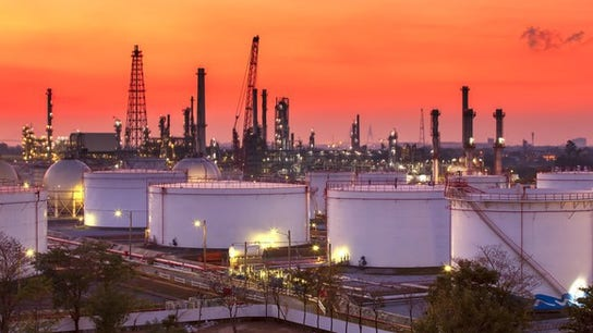 Oil down sharply – will gasoline prices to follow?