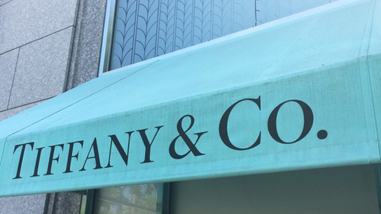 Tiffany holiday sales fall as Chinese tourists spend less