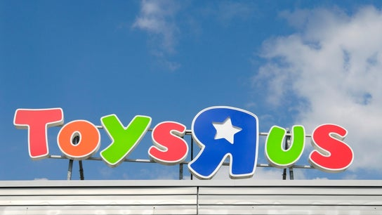 Toys 'R' Us agrees to pay $20M in workers' severance