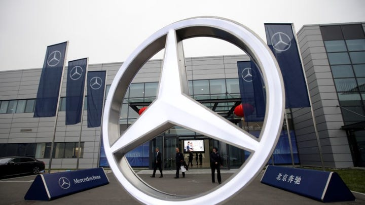 Mercedes-Benz owner slashes 10,000 jobs in budget-conscious overhaul