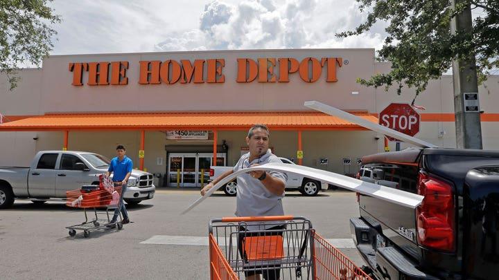 Home Depot sales miss, shares plunge