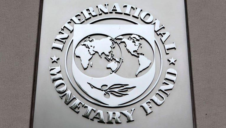 IMF Reduces U.S. Economic Growth Forecast