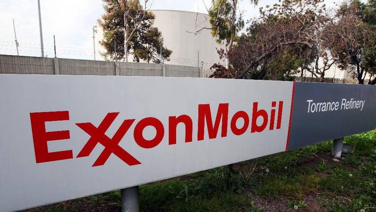 Financial statistics: Exxon Mobil Corporation (NYSE:XOM)
