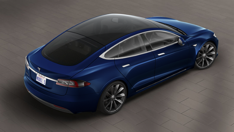 Tesla Motors, Inc. Introduces New Features for Model S and X