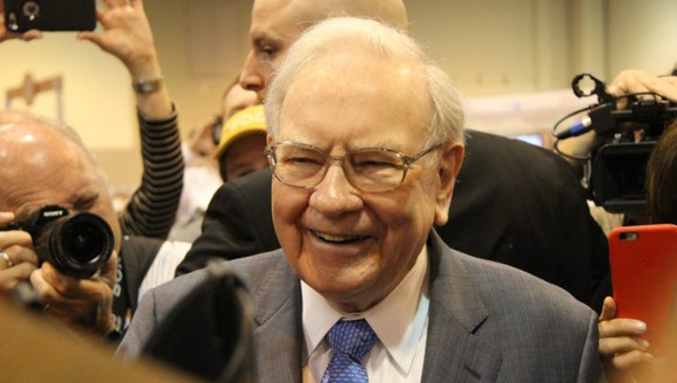 Warren Buffett's Strategy to Get Income From Any Stock