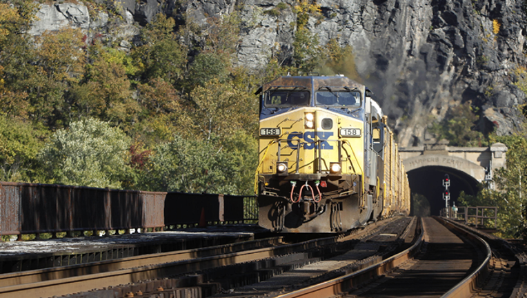 Csx Reaches Deal With Hedge Fund Hires New Railroad Ceo Fox Business