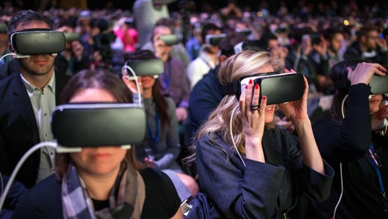 Mark Zuckerberg Plans to Spend Another $3 Billion on Virtual Reality