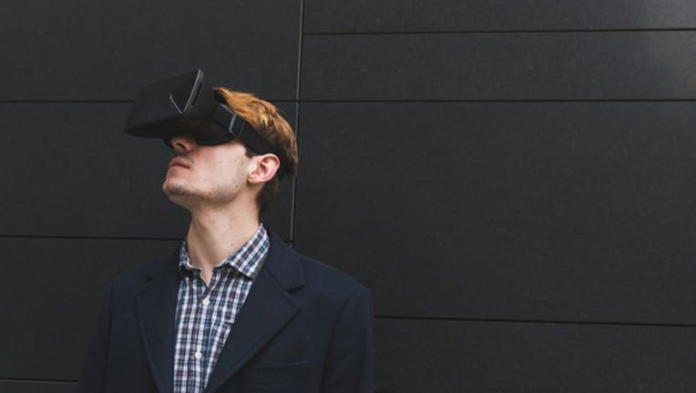 The 3 Best Ways to Profit From Virtual Reality