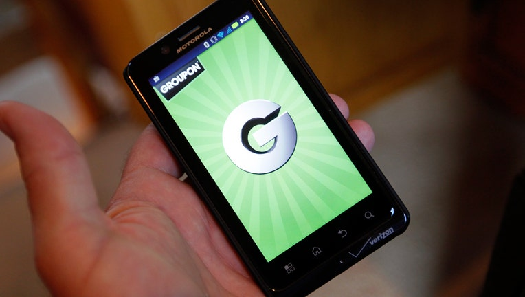 Groupon may pursue deal with online-review company Yelp