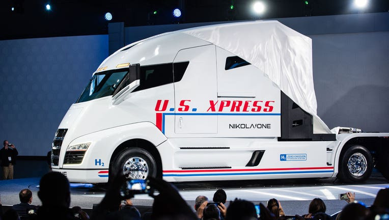 Electric truck maker Nikola to build $1B plant in Arizona