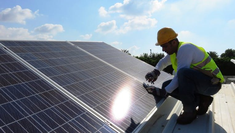SEC Probes Solar Companies Over Customer Cancellations