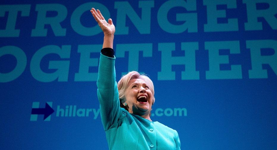 Hillary Clinton Smile Wave AP FBN