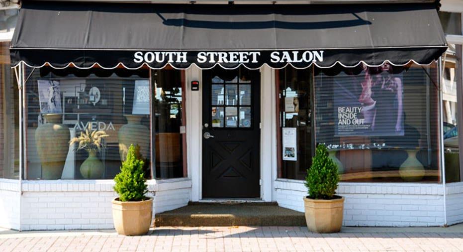 SBC Slideshow South Street Salon Outside
