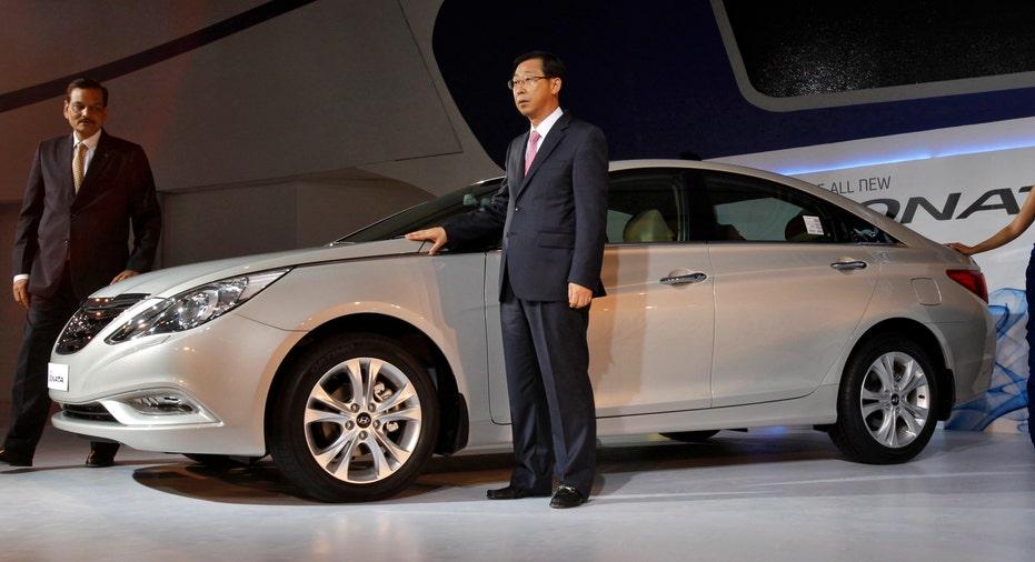 2012_Hyundai_Sonata_FBN