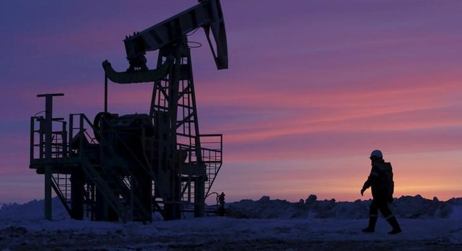 IEA-OIL