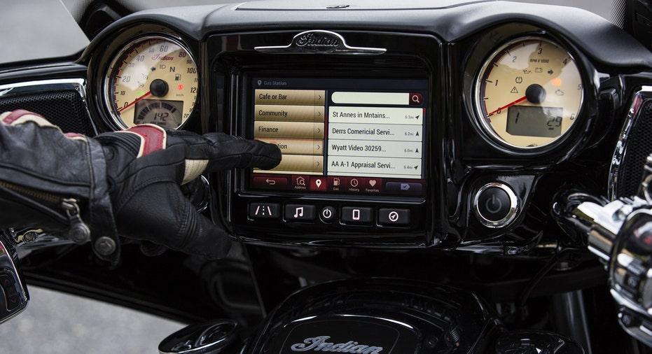 2017 Indian Roadmaster menu FBN