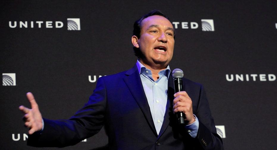 United Airlines CEO Oscar Munoz FBN