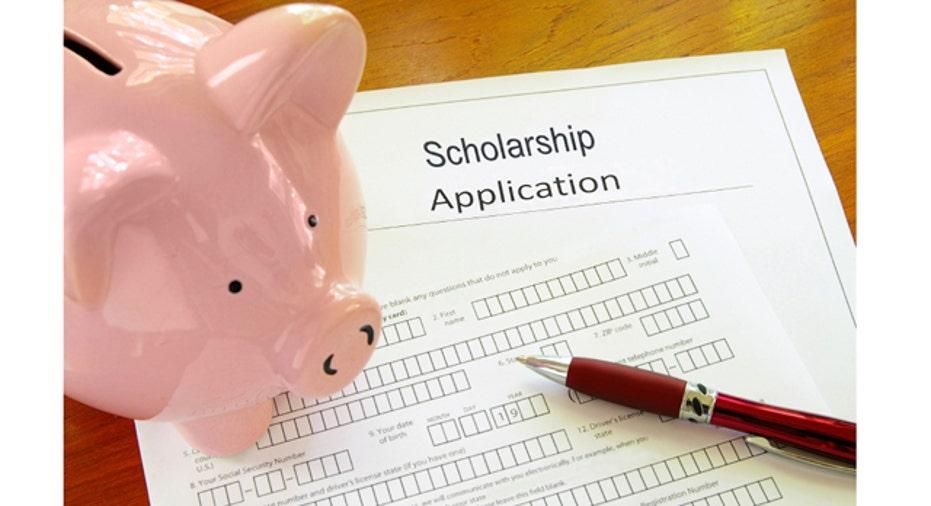 Scholarship_iStock