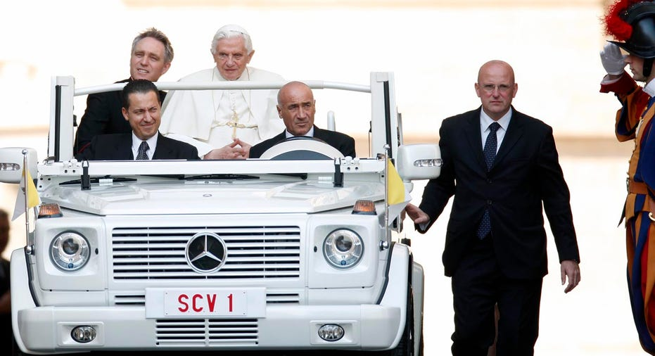 5_Pope_Benedict_2011