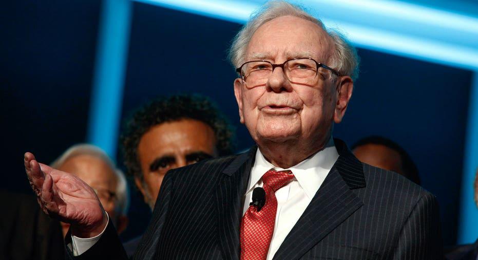 Warren Buffett at Forbes gala AP FBN