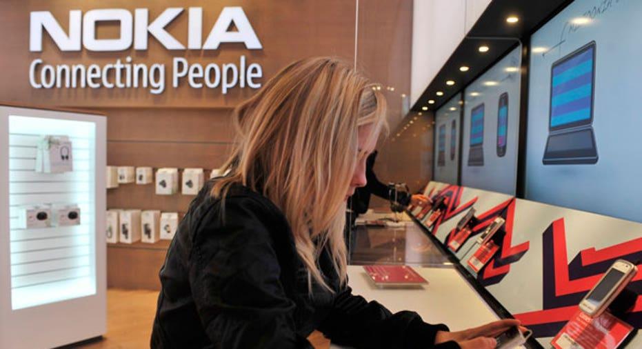 Customer Tests Nokia Phone at Flagship Store