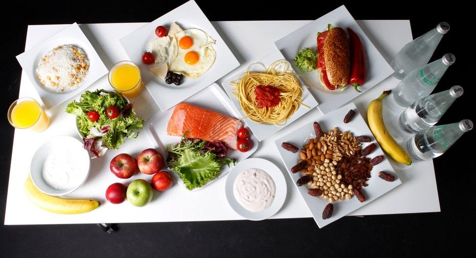 Food on Table RTR FBN
