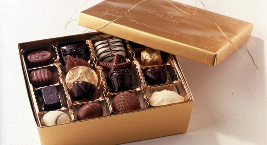 Godiva Chocolatier Christmas Ballotin (70 pc.)