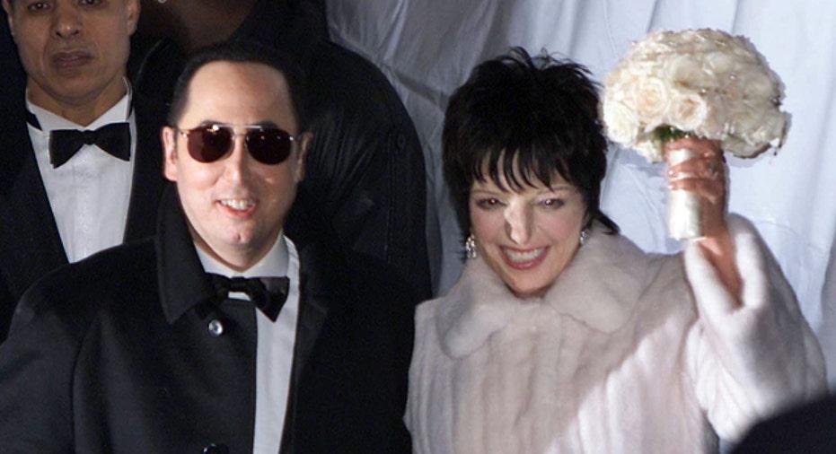 File Photo Liza Minnelli & David Gest Wedding Reuters