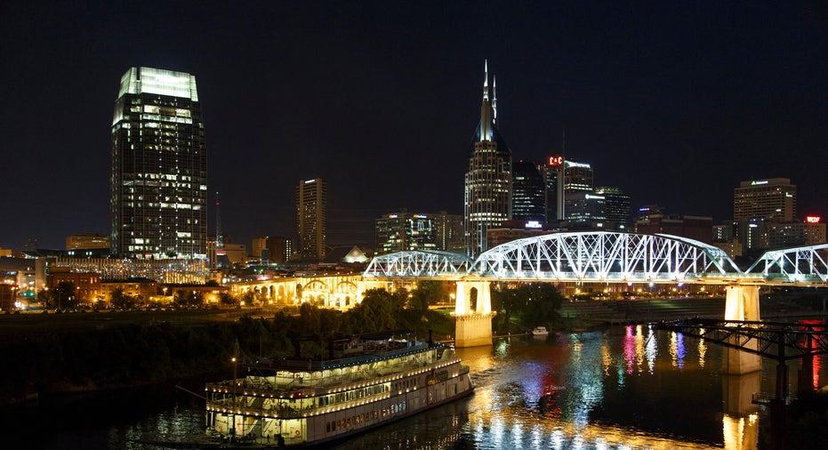 Nashville Skyline Night RTR FBN