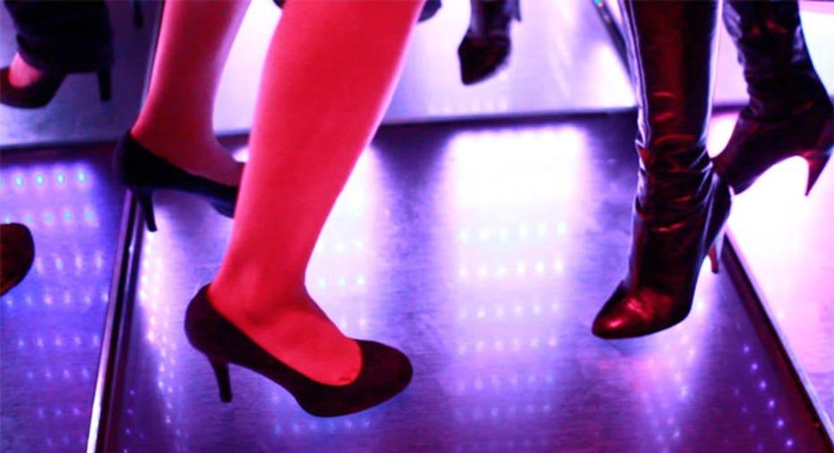 Temple Dance Floor CU, SBC Slideshow