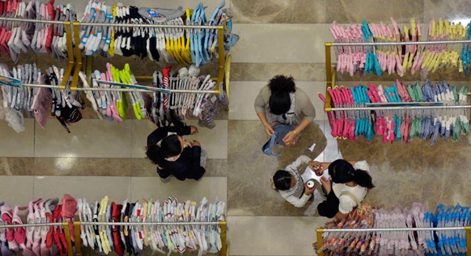 retail, shopping, clothes, retailer, consumer spending, spending, income